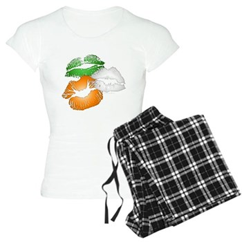 Irish Kisses Women's Light Pajamas